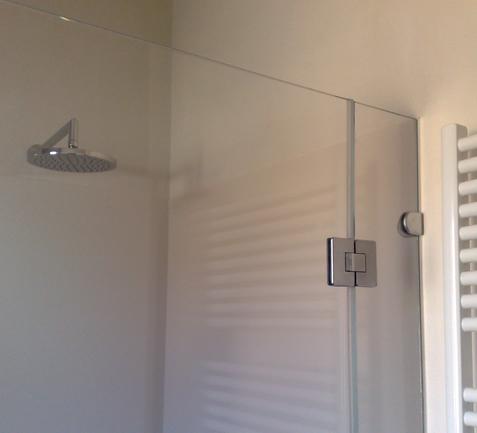 Accessori Per Box Doccia In Vetro.Vetreria Decor Sud Glass Accessories S R L